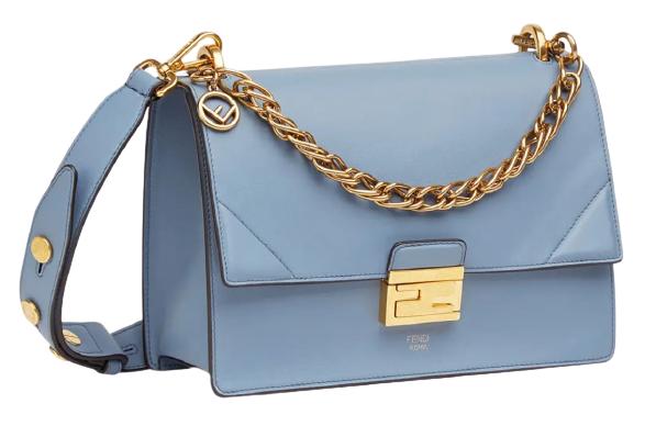 """2020秋冬包包跟著「迷霧藍」走!Chanel、LV、Celine...盤點10款""""全天候""""包款-3"""