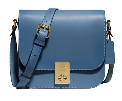 """2020秋冬包包跟著「迷霧藍」走!Chanel、LV、Celine...盤點10款""""全天候""""包款-9"""