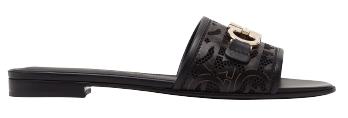 2021春夏7款低跟涼拖鞋!Hermès、Dior、Gucci好走不咬腳,耐看好搭的必敗首選! -5