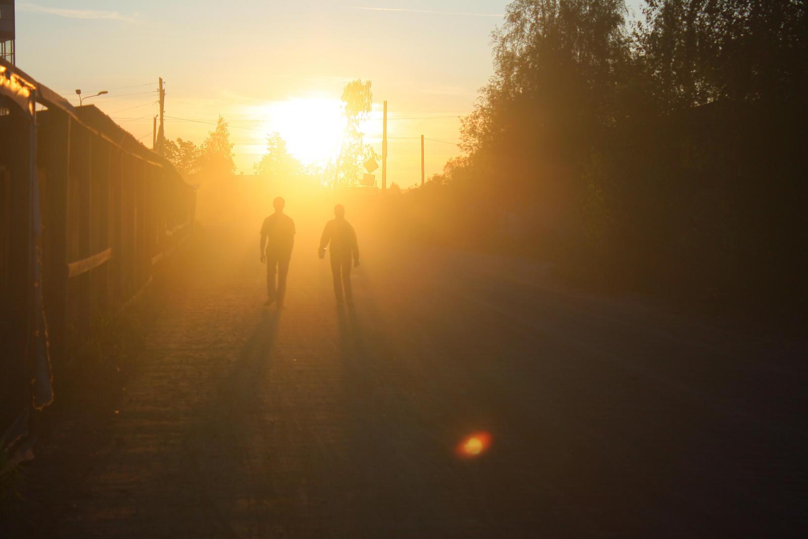 遠距離戀愛如何維持?4個方法告訴你,「自己先過好」對彼此最健康-3