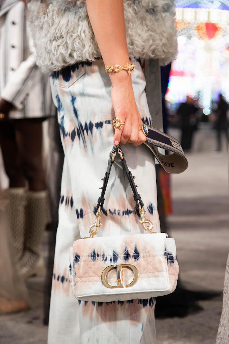 【10Why個為什麼】Dior包包推薦「Caro」!延續蒙田包設計,連BLACKPINK智秀也狂愛!-6