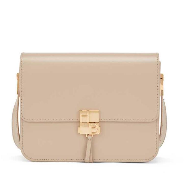 精品包入門款推薦這20款 !BV、Celine、Dior、Gucci....第一款包絕對要挑「金釦包」-11