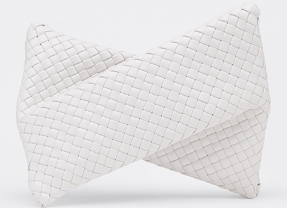 2020包包推薦10款「奶油白」,Chanel、Gucci、Dior..原來75%男生都愛這色-8