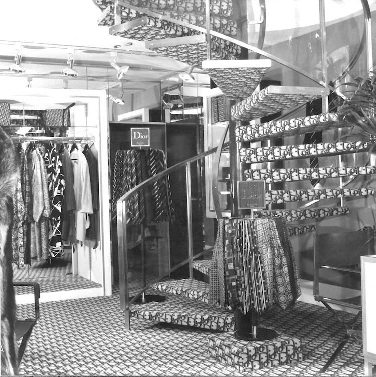 【10Why個為什麼】Dior馬鞍包、蒙田包都需要它!「Oblique老花」這10點讓男女都愛死!-2