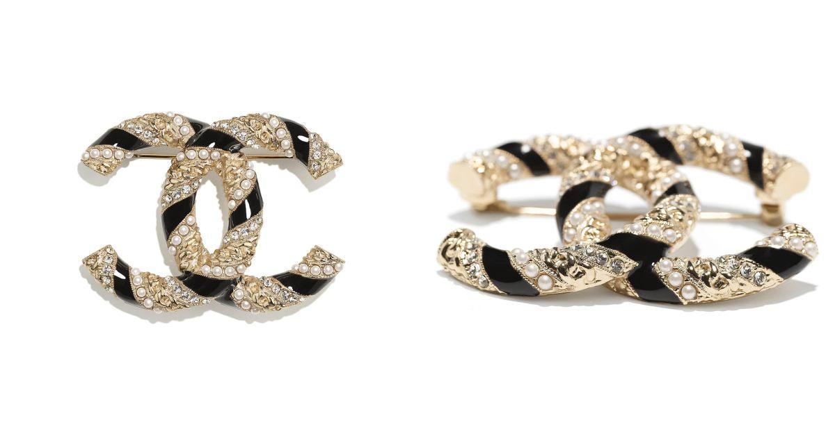 Chanel首飾推薦這10款胸針 !沒有2.55、19、boy chanel沒關係 ,cc logo胸針讓你秒變時尚部落客!-7