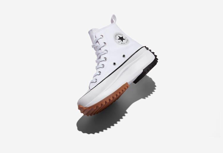 2021小白鞋推薦Top10!Nike、Asics、Adidas....Converse這雙厚底鞋女孩全搶翻!-4