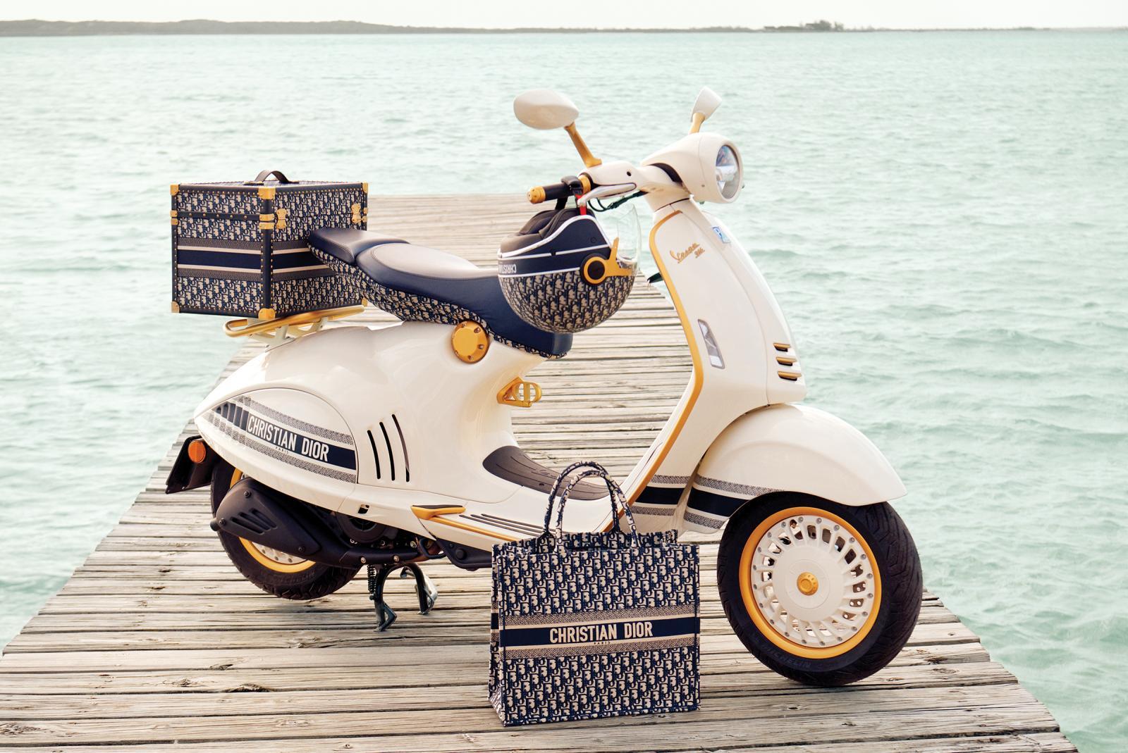 Dior與Vespa偉士牌破天荒合作!沒錢買機車也要搶那一頂老花安全帽-2