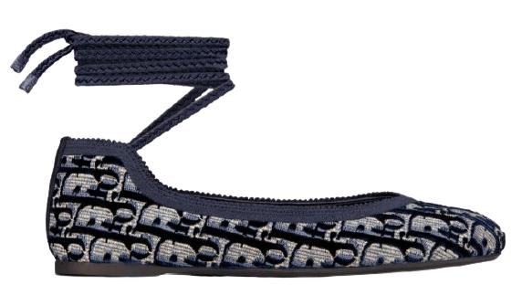 平底鞋推薦Top10 !Chanel、LV、Gucci、Dior...舒適度、時髦度完勝老爹鞋-2