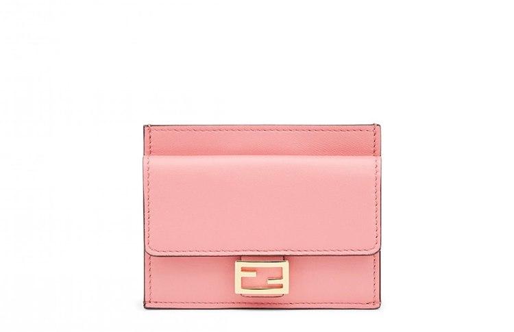 精品卡夾推薦Top10!LV、BV、Dior 到Fendi搶推 「粉色」 ,時髦、財運一次到手-6