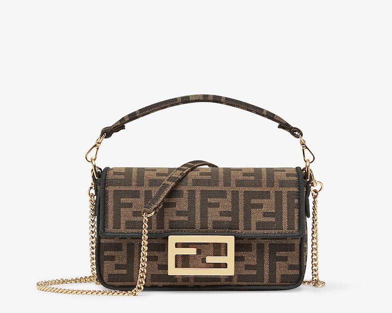 精品包入門款推薦這20款 !BV、Celine、Dior、Gucci....第一款包絕對要挑「金釦包」-7
