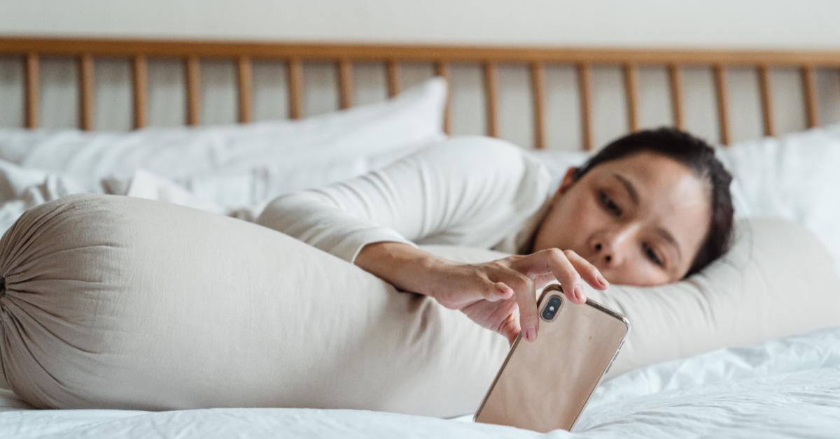 吃什麼可以補鈣?營養師曝多吃堅果 、黑芝麻、少碰4大「地雷飲食」,當心失眠、憂鬱是缺鈣警訊!-1