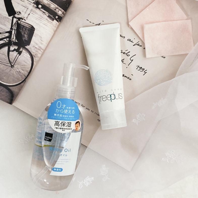 【神儂實驗室】嬰兒油可以洗臉?編輯親試3大隱藏用法,這招讓乾肌也能擠出水-3