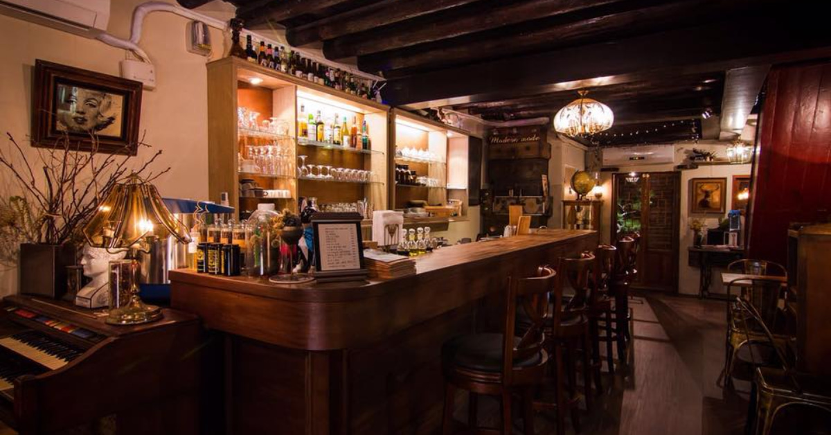 大稻埕咖啡廳推薦這5間!「三層」甜點、氣氛好,但謝絕網美,「AKA」號稱大稻埕最神秘老宅咖啡-3