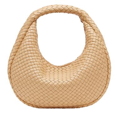 2021包包推薦「Hobo流浪包」!Chanel、Gucci、LV... 竄升春夏IT包榜首-3