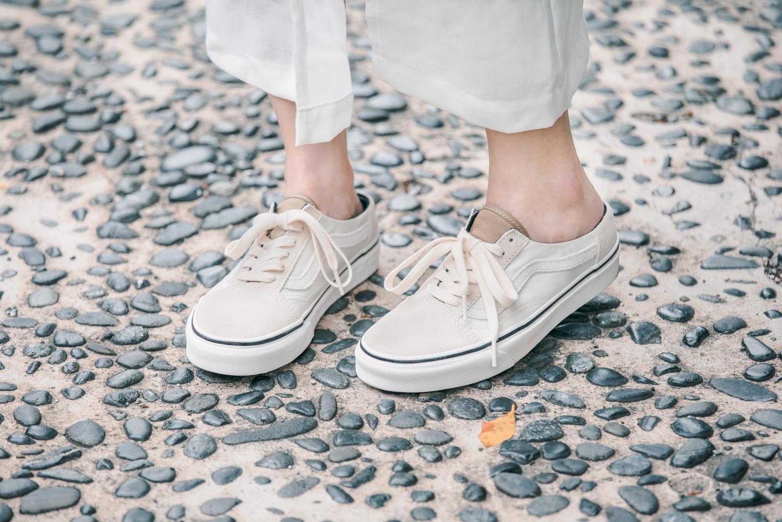 誰說穆勒鞋都走淑女風?跟著網紅方柒柒這樣穿,輕鬆駕馭 VANS 穆勒鞋-6