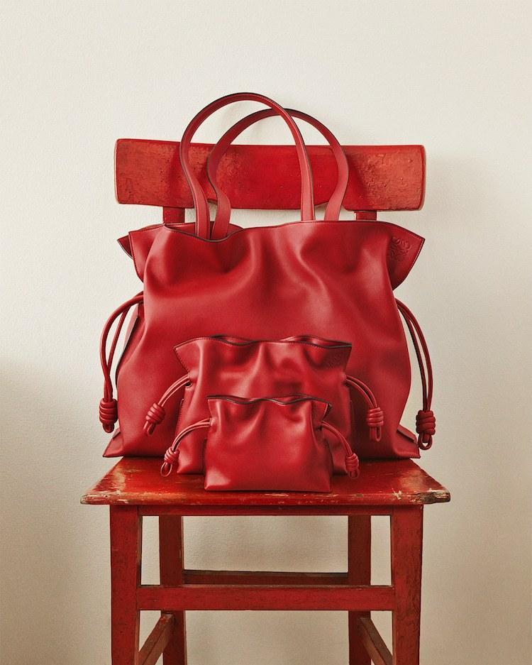 Loewe Flamenco包包狂賣37年!迷你小廢包到OL通勤包,BLACKPINK Jennie也難擋魅力-2