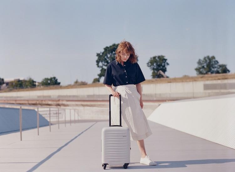 日本行李箱品牌LOJEL真的美翻!輕巧、好推又耐裝,國內小旅行也超適合呀!-5