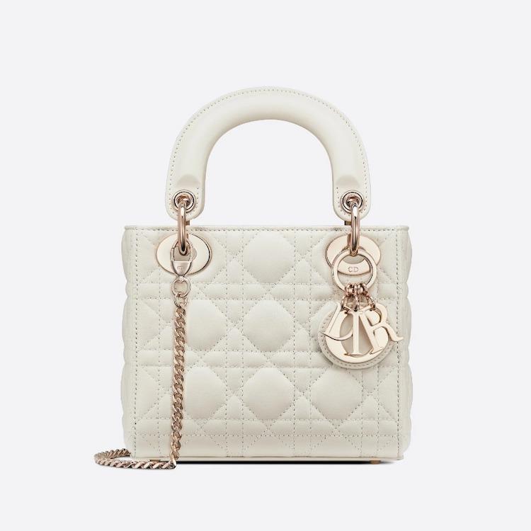 白色方包推薦Top10!Chanel、Dior、LV....百搭又經典,第一款精品包就選它!-3