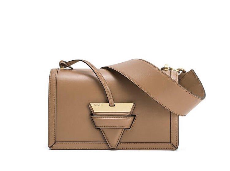 精品包入門款推薦這20款 !BV、Celine、Dior、Gucci....第一款包絕對要挑「金釦包」-9