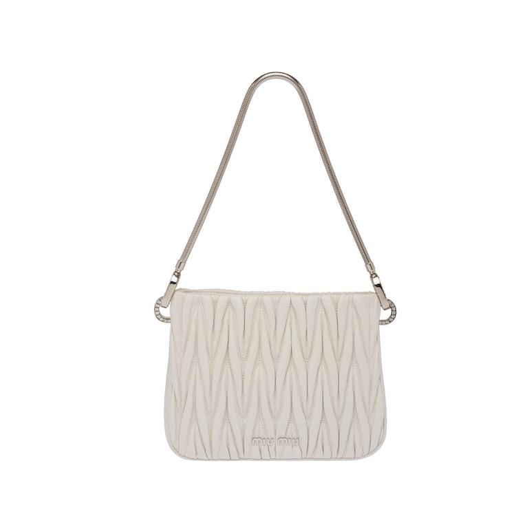 白色方包推薦Top10!Chanel、Dior、LV....百搭又經典,第一款精品包就選它!-7