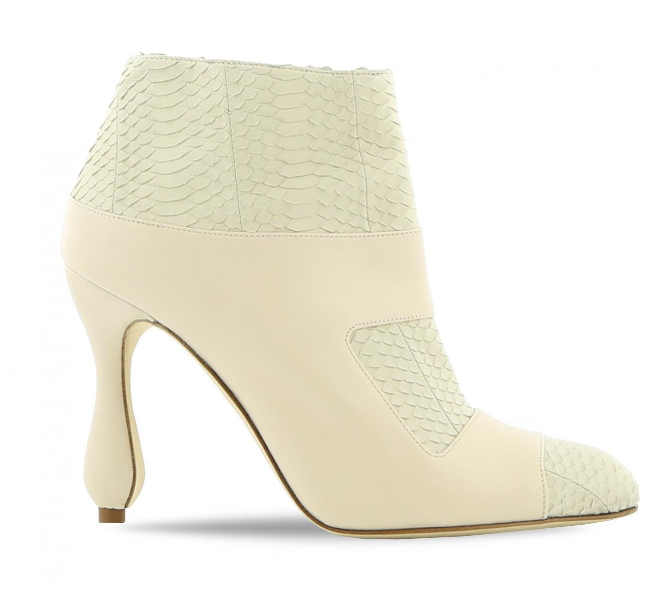 2020秋季短靴Top 10率先看!LV、Dior、Gucci...穿出+5cm逆天長腿就靠它-7