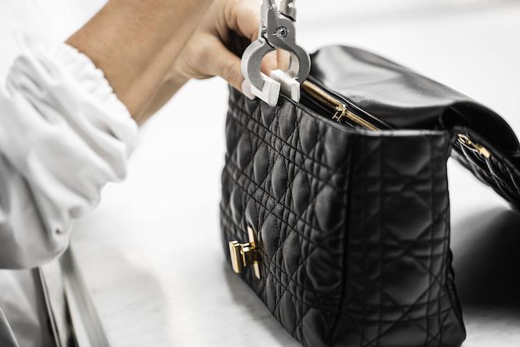 【10Why個為什麼】Dior包包推薦「Caro」!延續蒙田包設計,連BLACKPINK智秀也狂愛!-2