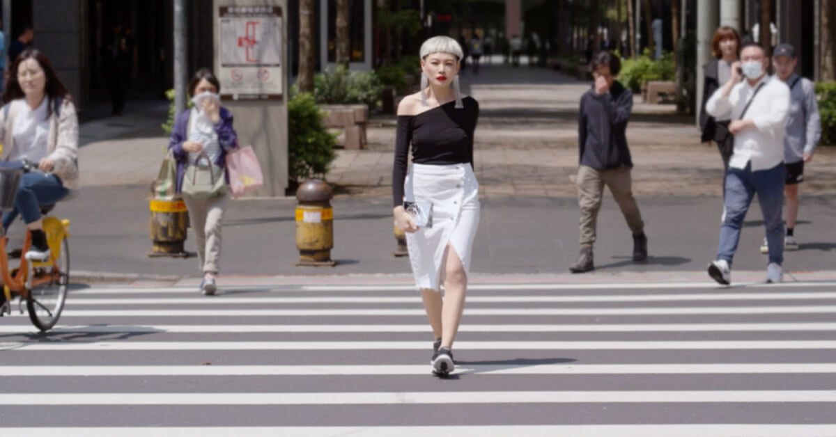SKECHERS GOWALK 5第四個LOOK黑白俐落時尚風