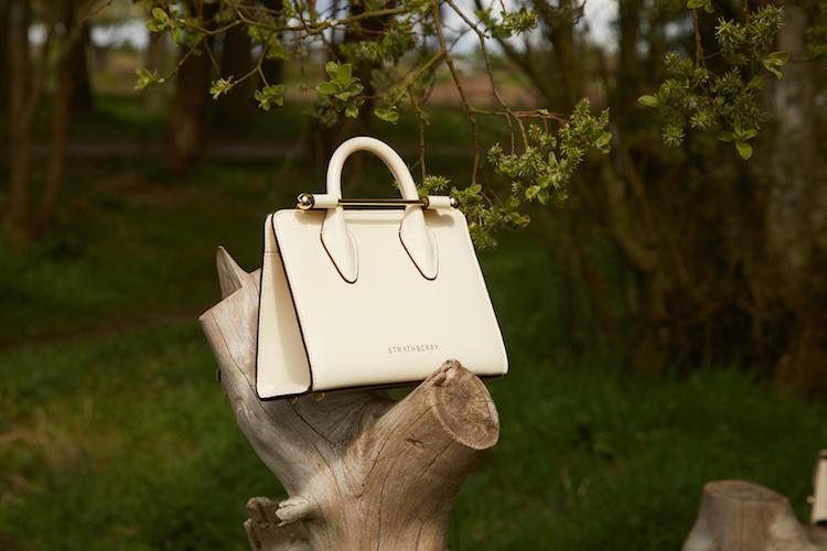 【10Why個為什麼】凱特王妃穿搭必備Strathberry包包!不到2萬擁有全手工打造精品,10點解析它的爆紅原因-6