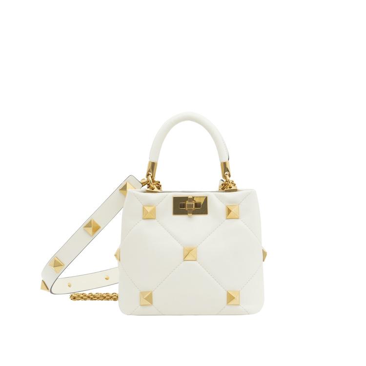 白色方包推薦Top10!Chanel、Dior、LV....百搭又經典,第一款精品包就選它!-9
