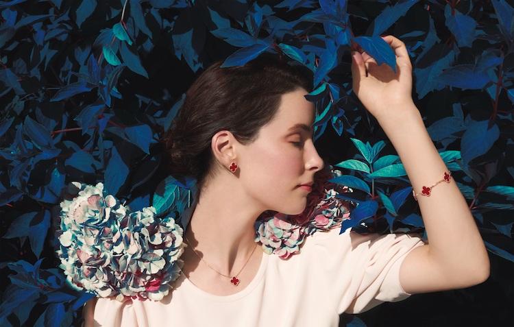 Van Cleef & Arpels珠寶首選!「四葉草」變愛心太可愛,西洋情人節打造限定單品-0
