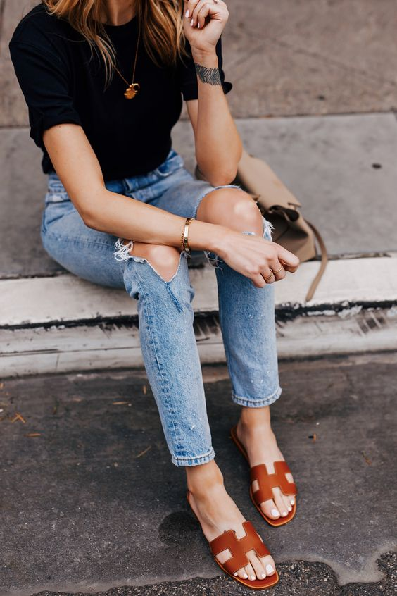 【10Why個為什麼】Hermès包包賣輸這拖鞋?Oran Sandal靠這10點走紅23年!-4