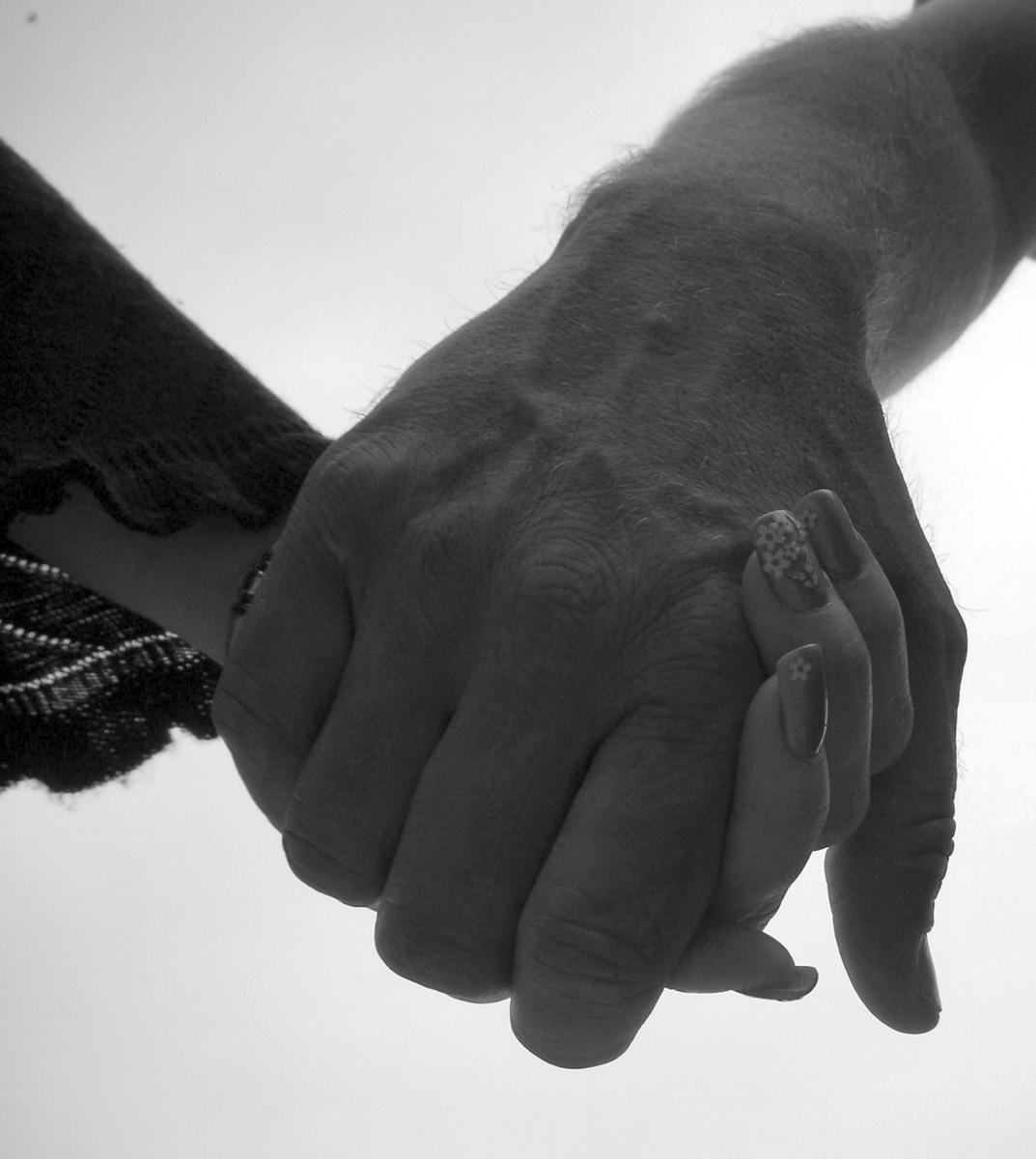 遠距離戀愛如何維持?4個方法告訴你,「自己先過好」對彼此最健康-2