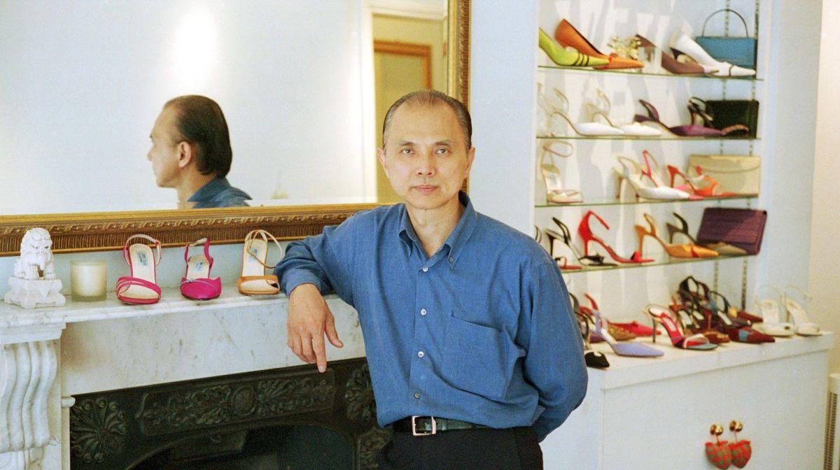 黛安娜王妃逝世23週年,御用鞋匠Jimmy Choo解密為何她離婚後只穿4吋高跟鞋? -1