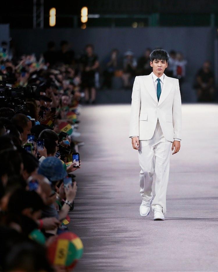 "LV男裝上海秀是時尚的""新秩序""?顧客比媒體多,VIP被VIC取代,從這3點看見未來趨勢-0"