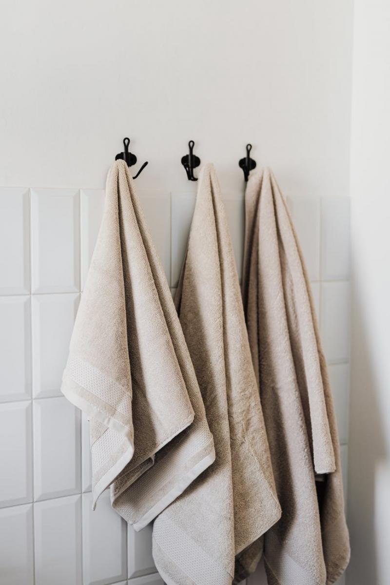 DIY除毛5大重點!洗澡後2小時是黃金時間,外出穿淺色衣服,除毛膏禁忌不要犯-2