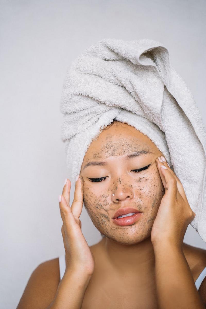 卸妝正確步驟你做對了?專家驚爆4大重點,卸妝水濕敷至少30秒,卸妝油乳化前應多做這一步-2