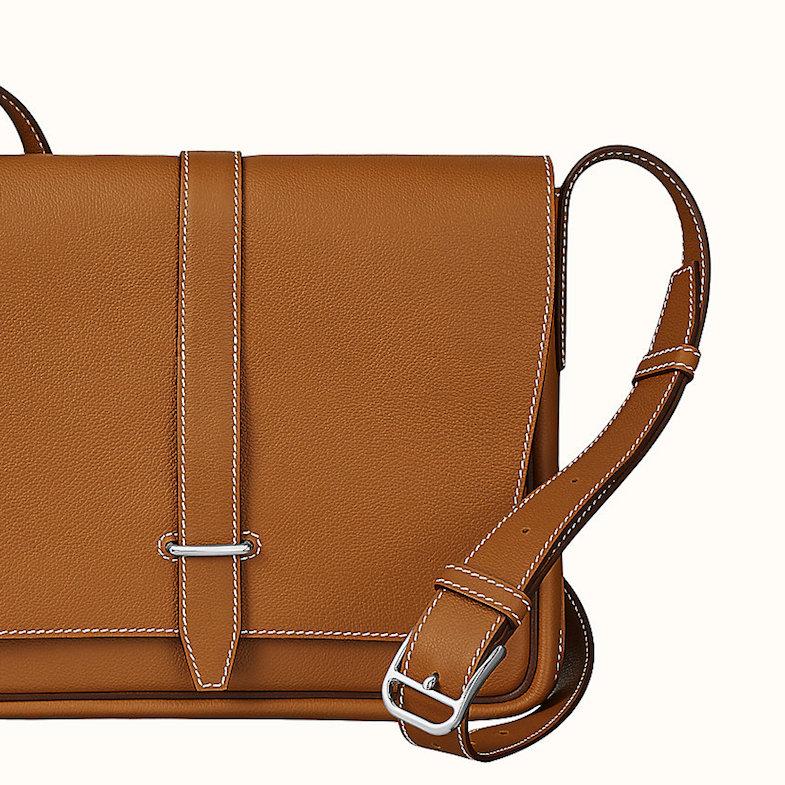 Hermès方包推薦這款!  「Steve Light Junior」 裝得下平板、A4文件,時髦OL穿搭必備-1