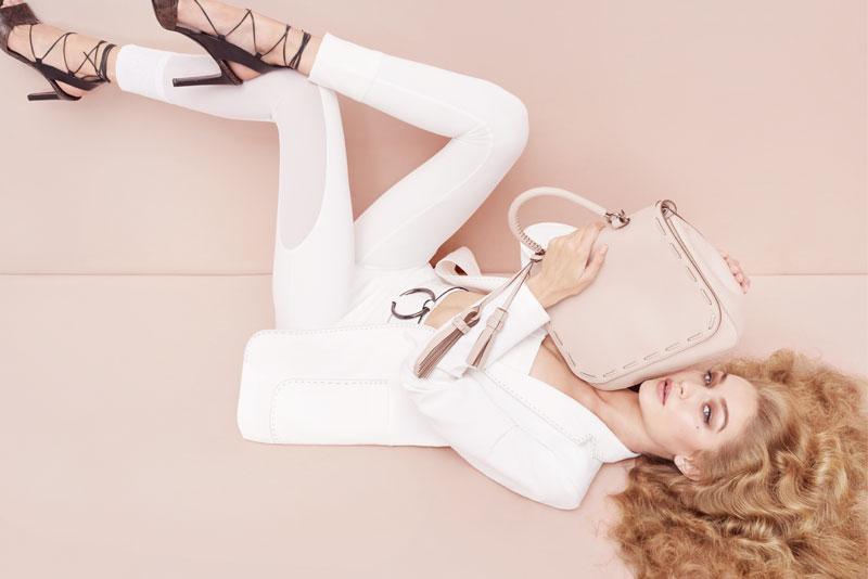 融入Gigi Hadid Style,Max Mara的低調簡約變得優雅性感