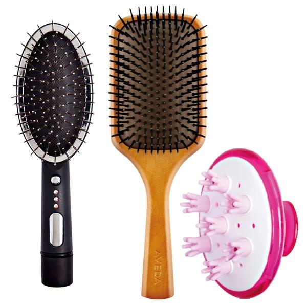 1.BeautyHair 音波震動按摩梳,690元。2.AVEDA 木質髮梳,750元。3. 池本頭皮SPA按摩梳,550元。