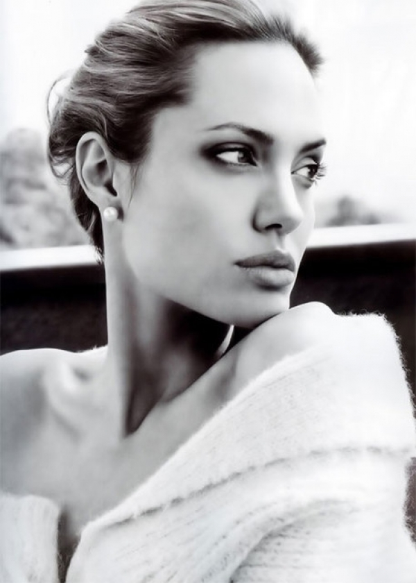 安潔莉娜裘莉Angelina Jolie