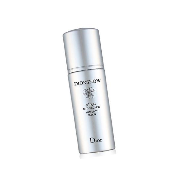 Dior 雪晶靈淨斑精華強化肌膚抵抗力與活力,減少細胞過度製造麥拉寧黑色素,迅速淡化斑點。
