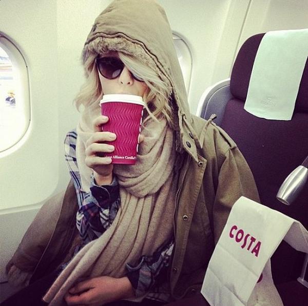 茱莉安哈克Julianne Hough旅行時也一樣執行適量的飲食習慣,不放縱是她維持身材的關鍵。