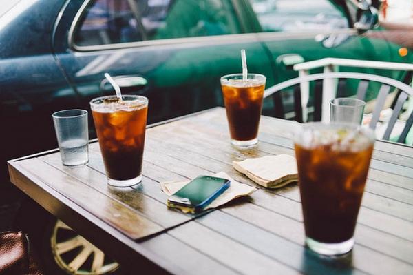 小S吃飯的時候一定要搭配飲料,會選擇冰紅茶。