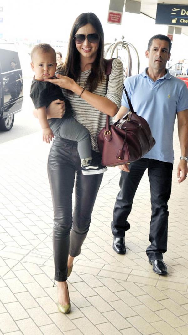 Miranda Kerr 米蘭達可兒時常帶著她那超級可愛的兒子 Flynn 上街。