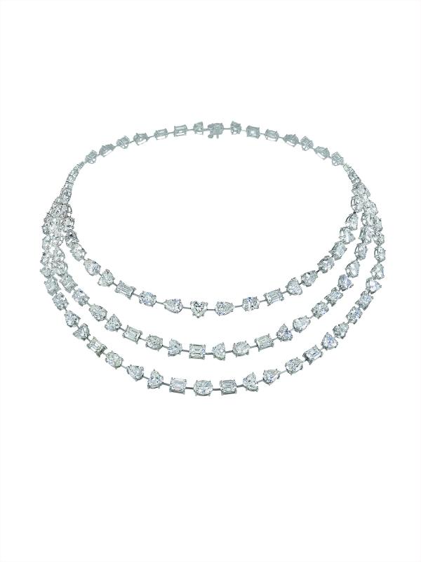 蕭邦頂級訂製珠寶項鍊 鉑金材質鑲嵌花式切割鑽石共重78克拉 , 價格請洽蕭邦精品店
