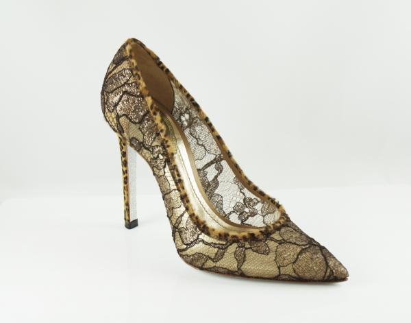 豹紋蕾絲高跟鞋 NT$31,000.