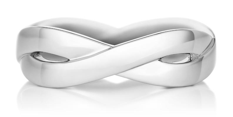 De Beers Infinity 白K金戒環 (5mm)。