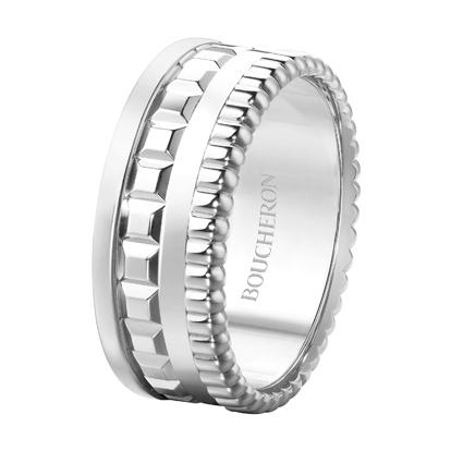 Quatre Radiant系列,白K金戒指,價格店洽。