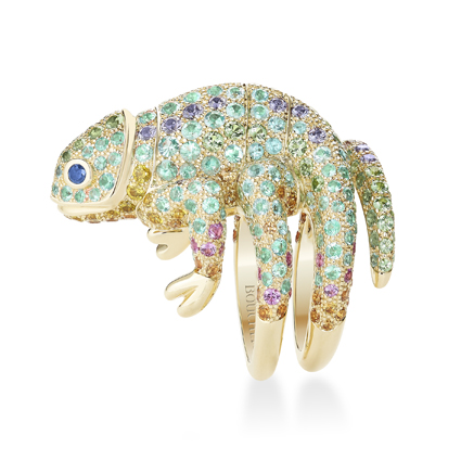 「Animaux」(動物)系列,Masy 鑲嵌帕拉伊巴碧璽變色龍造型戒指,1,590,000元。