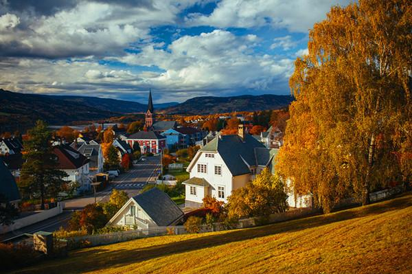 平常聽北歐,第一反應總是挪威、芬蘭一些比較有名的地方,但其實還有許多值得去遊玩的城市哦!